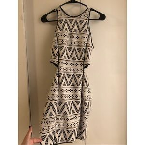 Black and White Cutout Dolce Vita Dress XS